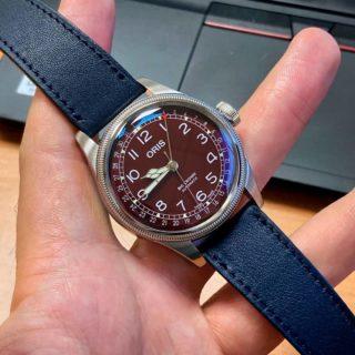 ⚓⚓🔵 Navy Blue strap from @lugs_shop 🔵 ⚓⚓  #lugsstraps#lugs_shop#oriswatch#oris#strapfororis#braceletdemontre #watchporn #watchlovers #watchband #watchnerd #uhrenband#watchnerd #watchaddict #watchlover#watchstrap#orologio#relojes#leatherwatchstrap#watchstyle#watchuseek #watches #watchfan #watchfam #montre #montrevintage #watchoftheday #bracelet#urhen#urhenband